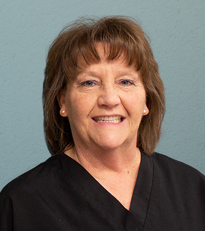 Dental assistant Jeanie