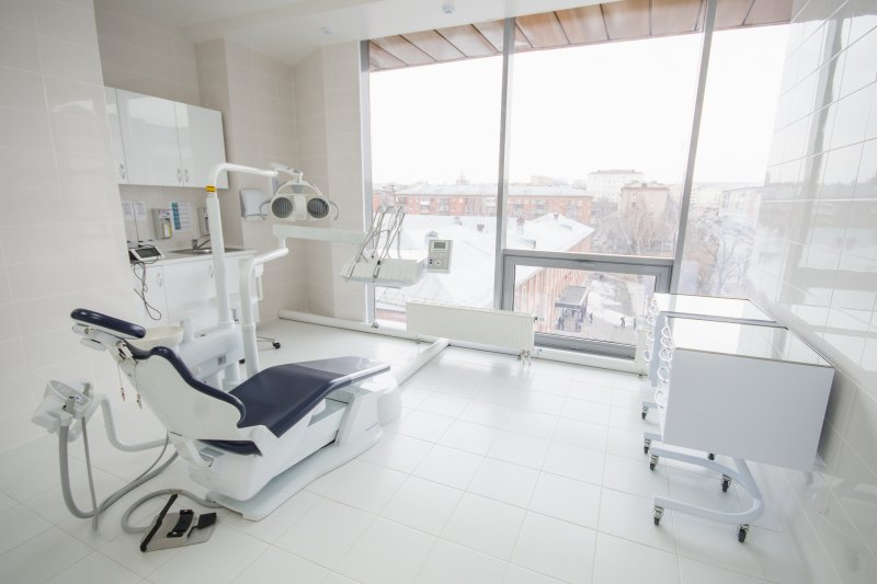 a completely sterilized and disinfected dental treatment room